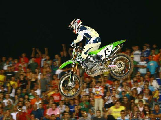 La espectacularidad del supercross tiene una cita en el campeonato de España en Marbella