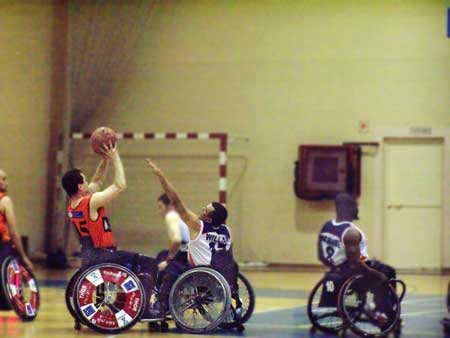 El baloncesto en silla de ruedas peligra en Marbella
