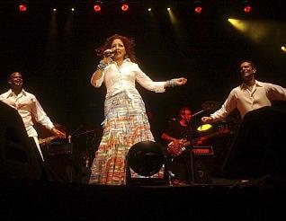 Gloria Estefan en su actuación de Marbella