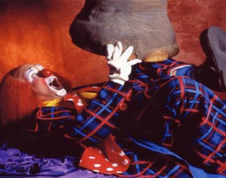 Toto clown musical en una actuación