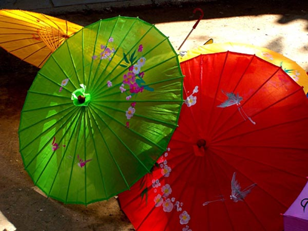 mayor selección producto caliente entrega rápida Las famosas sombrillas chinas, el arte del papel y el bambú