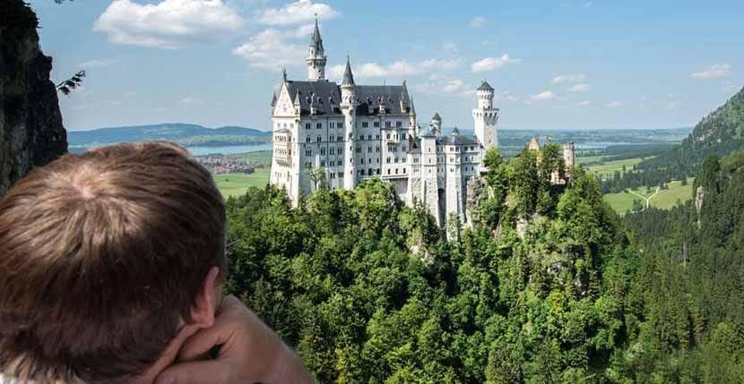 camino hacia el castillo Neuschwanstein