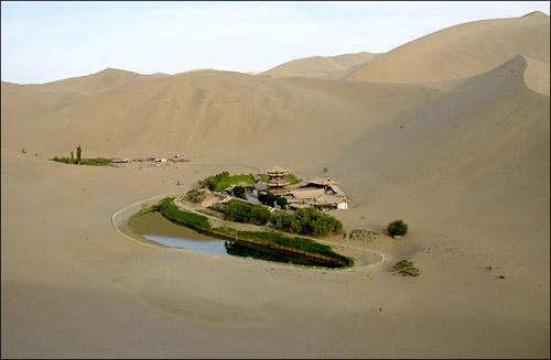 PAISAJES  PARA ESCAPARSE - Página 2 Dunhuang-water-1-lg
