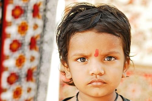 tilak6 Tilak, el lunar que llevan los hindúes en la frente (Parte 2)
