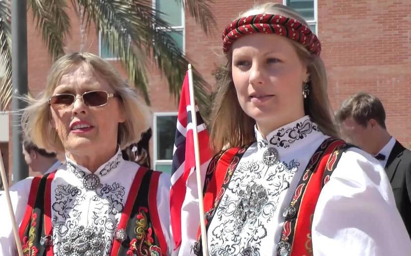 Mujeres en el día nacional de Noruega