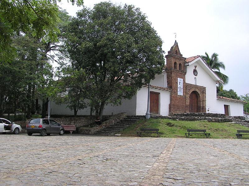 El barrio y la capilla san antonio en cali for Barrio el jardin cali colombia