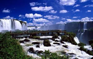 waterfalls_foz_do_iguacu_parana_photo_gov_tourist_ministry