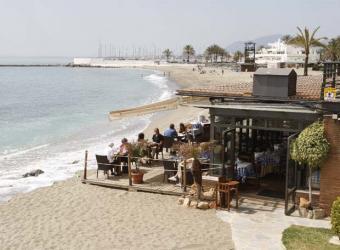 Chiringuito en la Playa de la Fontanilla