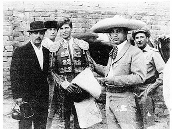 Manuel Benitez El Cordobés en activo toreando en México
