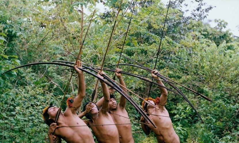 arqueros en el amazonas