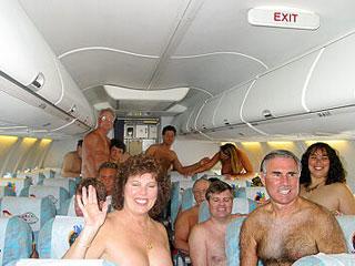 nueva-costumbre-vuelos-nudistas
