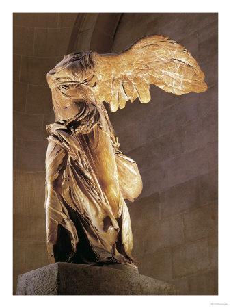 meet d203a 895e7 Según la mitología, a pesar de que Nike es mitad titán lucha contra los  Titanes del lado del Olimpo. La estatua mas famosa que hay de ella es la de  ...