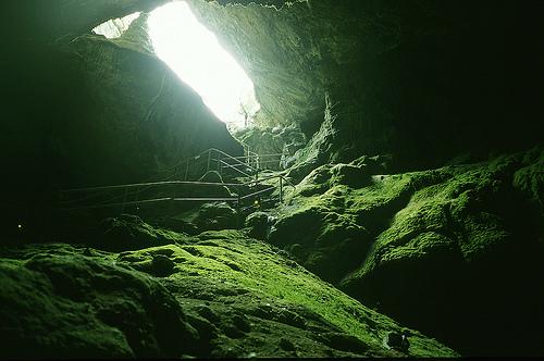*la cueva* - Página 3 Cueva_zeus