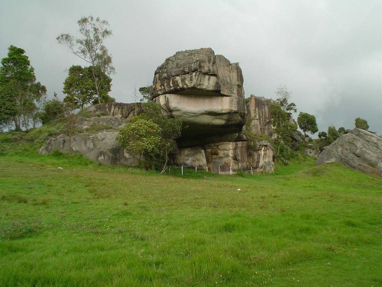 external image parque-piedras-tunjo.jpg