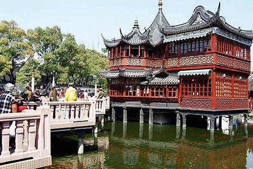 La zona del bazar y el jard n yu yuan for Jardin yu shanghai