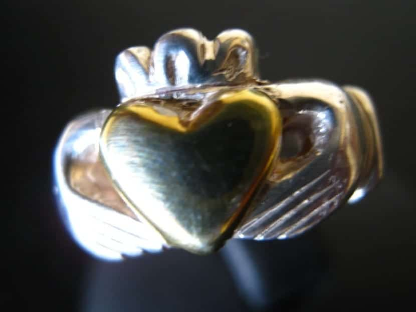 anillo para boda en Irlanda
