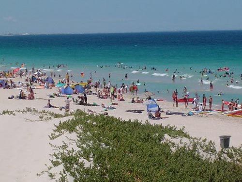 trigg Trigg, una playa popular en Perth