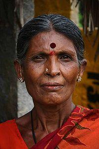 india22 Sari y Tilak: Simbolos de la tradición hindú