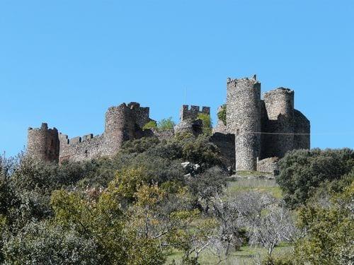 salvatierra_de_los_barros_castillo
