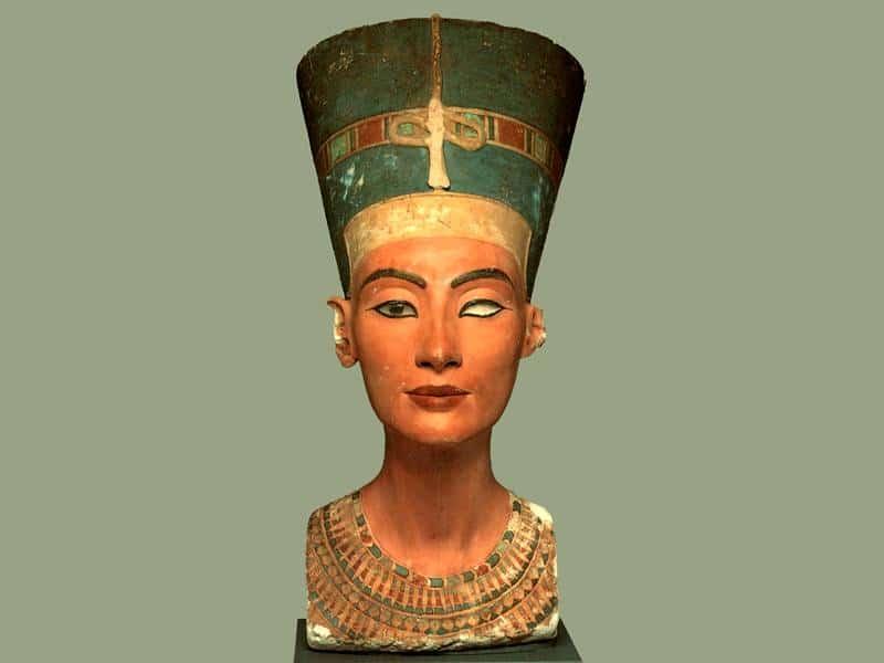 El Museo egipcio de Berlín no querría devolver el busto de Nefertiti