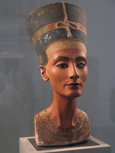 El Museo egipcio de Berlín no querría devolver el busto de Nefertiti2