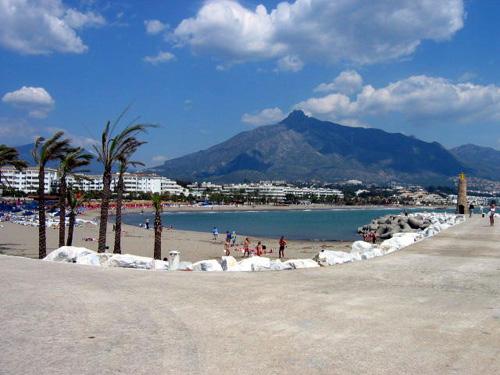 Tras las Playas de Marbella se situan las de Nerja y Benalmadena en la Costa del Sol