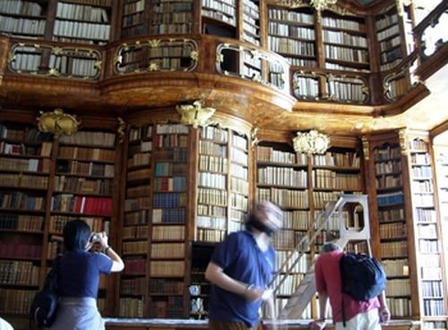 san florian biblioteca