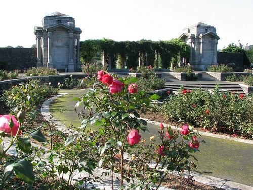 Los jardines memorial de la guerra en dublin for Solados para jardines