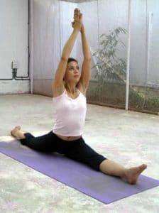 yoga11 224x300 Viajar a la India para practicar yoga