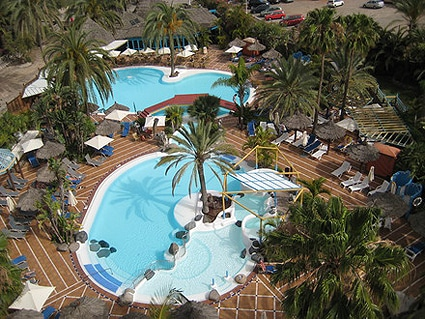 Hotel ifa beach en gran canaria - Tumbonas gran canaria ...