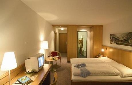 Hoteles baratos en zermatt for Hoteles puerta del sol baratos
