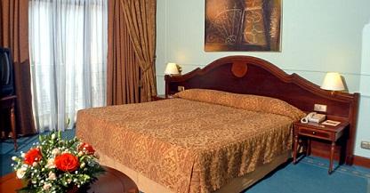 Hotel nh parque central en la habana for Calle neptuno e prado y zulueta habana vieja habana cuba