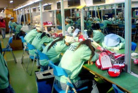 fabrica china Trabajadores chinos se quejan directamente a Apple