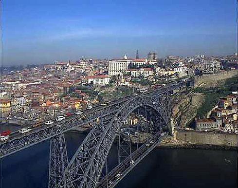 Celebran 100 a os de la primera oficina de turismo en portugal for Oficina de turismo de portugal en madrid