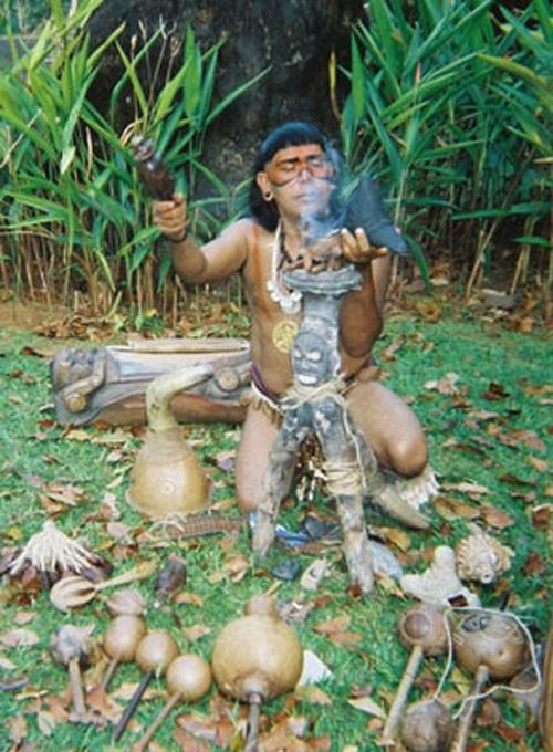 Taíno en ritual espiritual