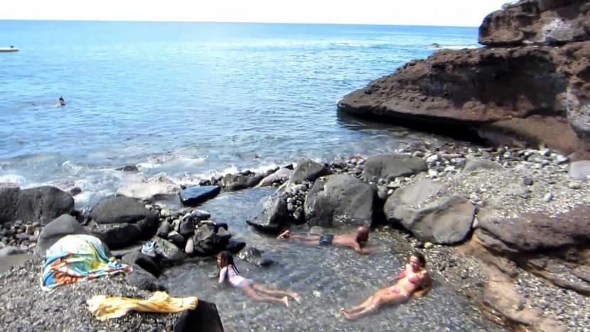 playa de bouillante