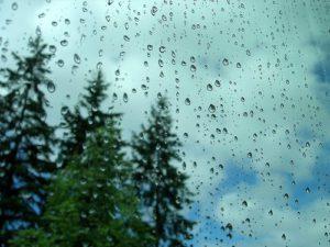 Primera lluvia de mayo es considerada mágica, protector y saludable