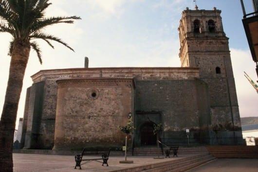 iglesia santiago casas reina