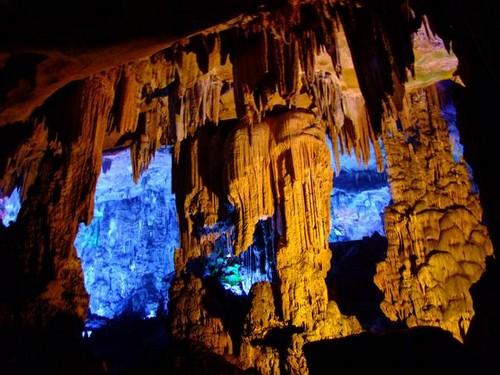 Cueva de la Flauta de Junco 2