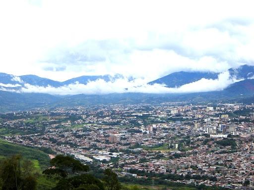 Vista de San Cristóbal y los Andes