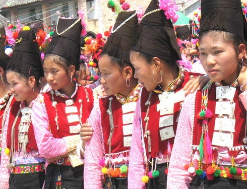 etnia Achang