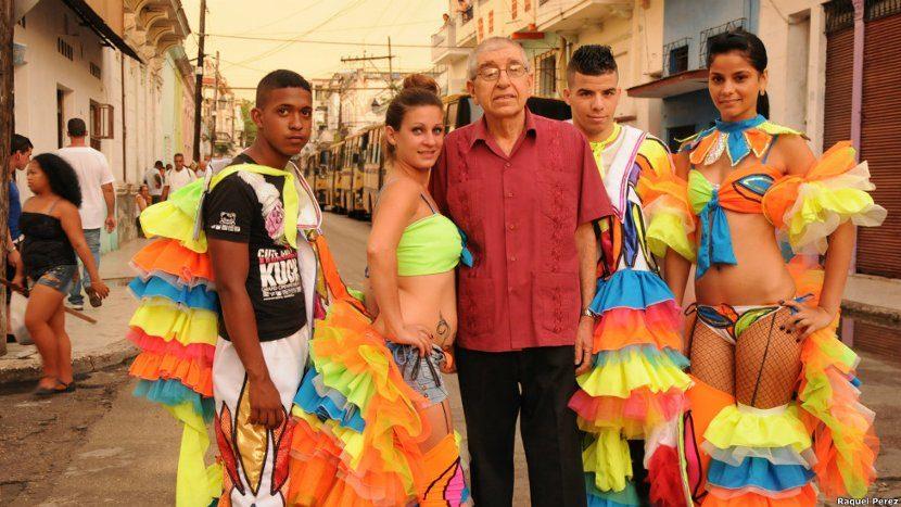 Traje típico cubano de fiesta