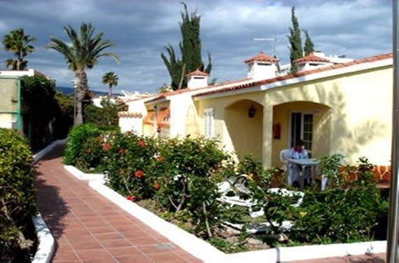 Apartamentos adonis bungalows en gran canaria for Bungalows jardin del sol gran canaria