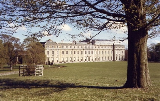 Petworth House, del siglo 16, ubicado en en Sussex