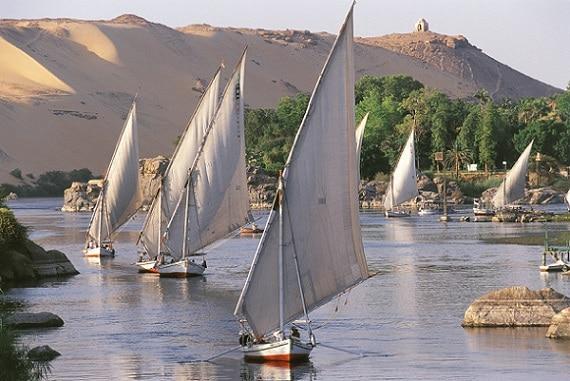 Su diseño todavía adorna el río como lo ha hecho desde la época de los faraones