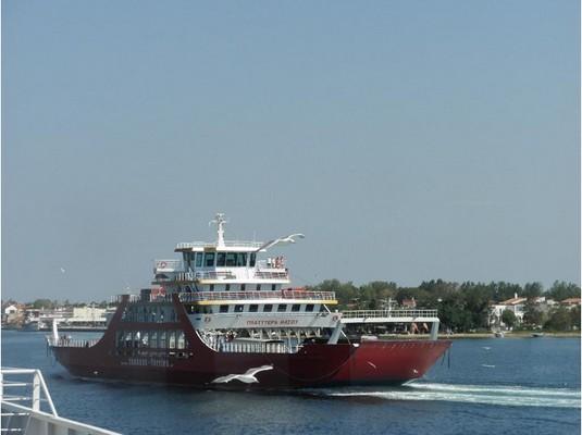 ferry-de-thassos