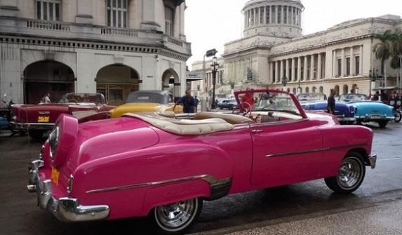 Un recorrido por La Habana en un coche antiguo es inolvidable
