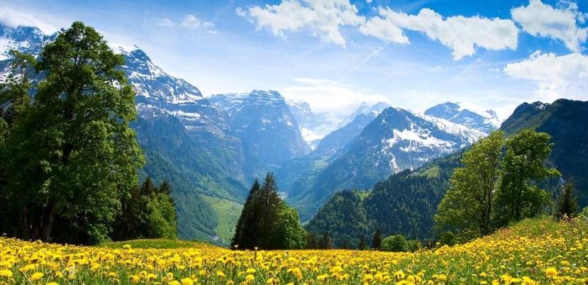 Bellos paisajes y buen cliima es lo que Suiza ofrece al visitante