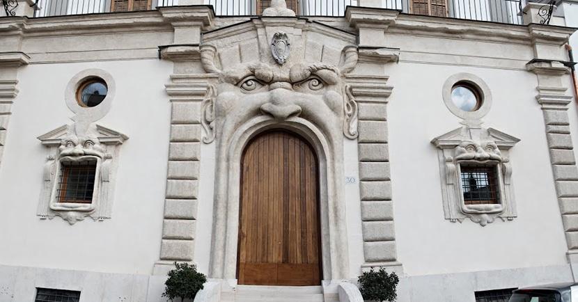 palacio-zuccari