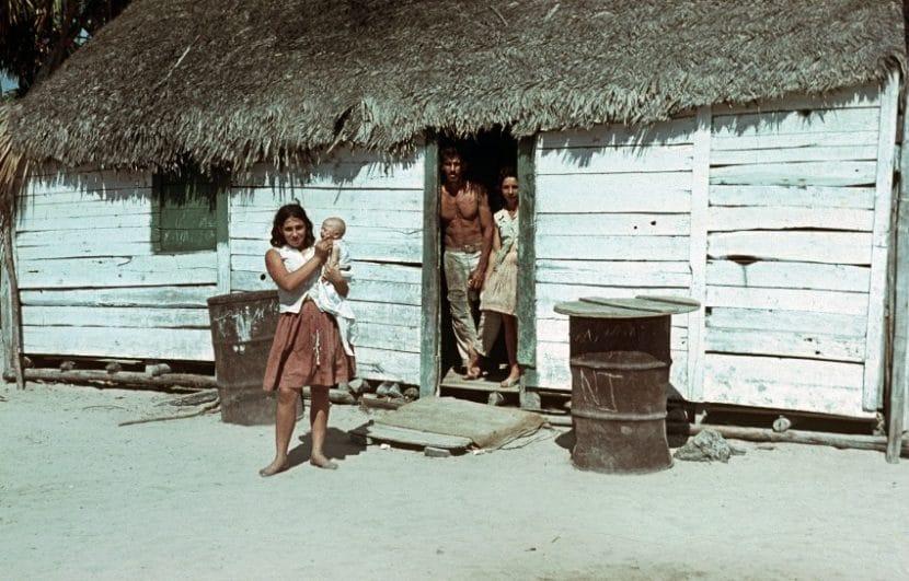 Gente viviendo en Cuba